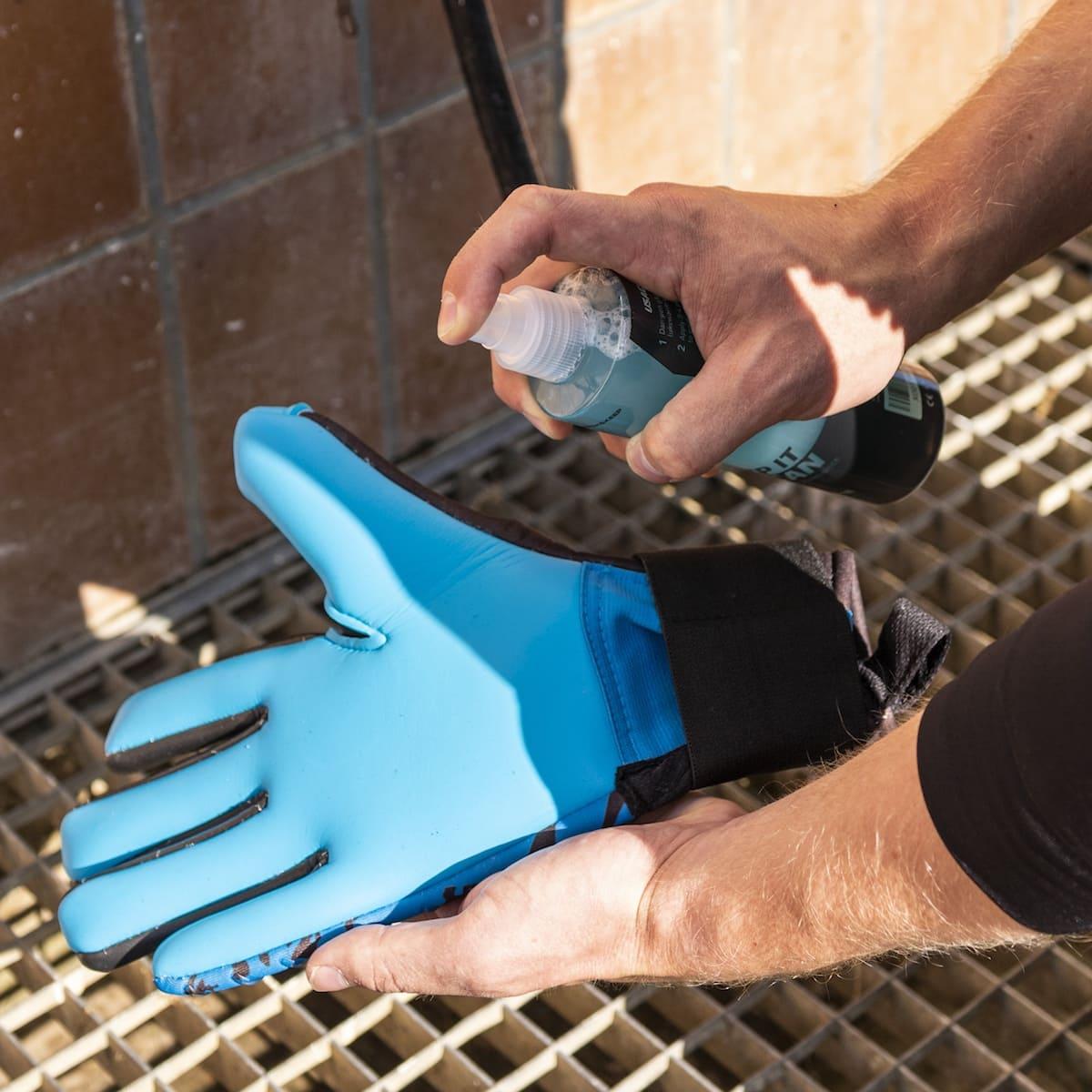 Grip Maximizer 2.0 catch and keep torwarthandschuhe grip spray Anwendung